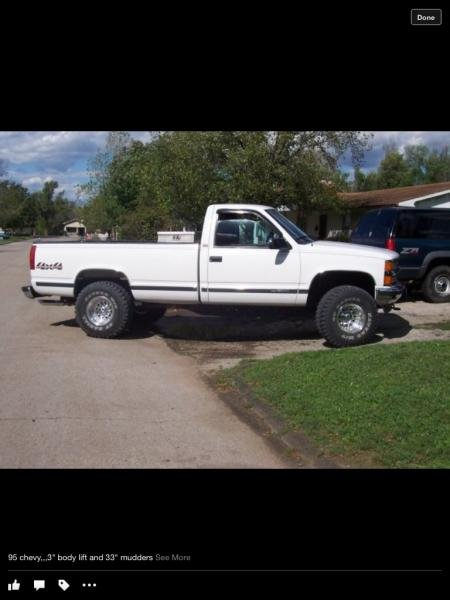 "95 Chevy, tbi 350' 3"" body lift with 33's (high school days)"
