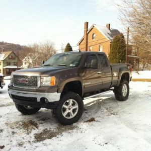 37-14.5s fenderflares and tow mirrors