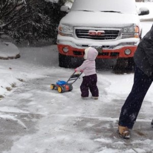 My daughter helping me with the snow.  2003 1500HD w/ Quadrasteer 4:10 Rear End
