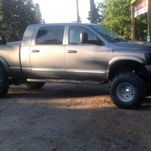 People say you can't run 16.5's on a 3rd gen dodge.Wrong!