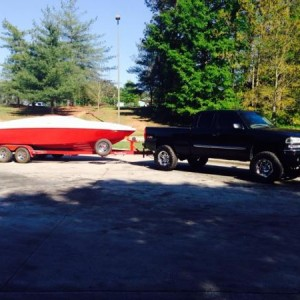 Haulin my boat to tha lake back in spring, first run of the season!