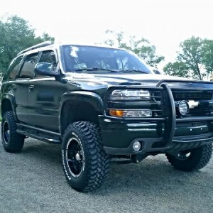 2004 Chevy Tahoe Z71 2