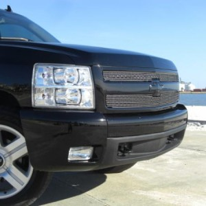 LTZ grill Black painted bowtie and billet grill.