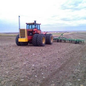 Versatile 895 working summerfallow ahead of planting wheat-Fall '08