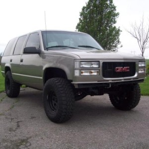 Lifted w/33's and no bumps